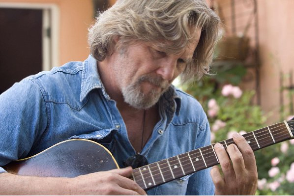 Crazy Heart gets its quiet drama going with quiet danger.